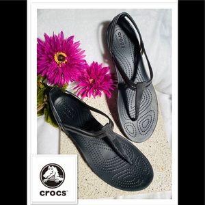 CROCS Thong Sandals sz 10 LIKE NEW!
